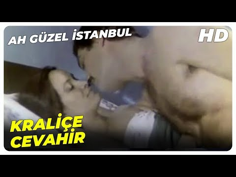 Ah Güzel İstanbul - Cevahir, Kamil'i Eve Kapatıyor! | Müjde Ar Kadir İnanır Eski Türk Filmi