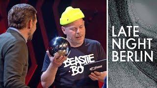 Fettes Brot und Klaas Heufer-Umlauf lassen die Bombe platzen | Late Night Berlin | ProSieben