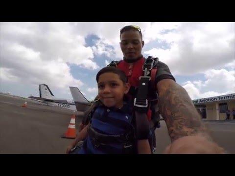 Ayden Roman Mikhail Arends SkyDiving at SkyDive Aruba
