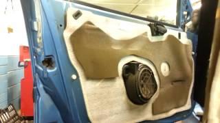 How to Change Replace Front Door Speaker Peugeot 206 - Amateur Repairs