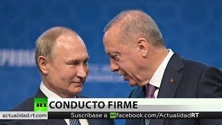 Putin y Erdogan tachan de