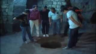 Kendisine miras kalan evi temizlerken 4 katlı yeraltı şehri buldu!