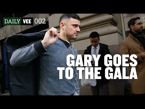 GET 'EM TO THE GALA | DailyVee 002