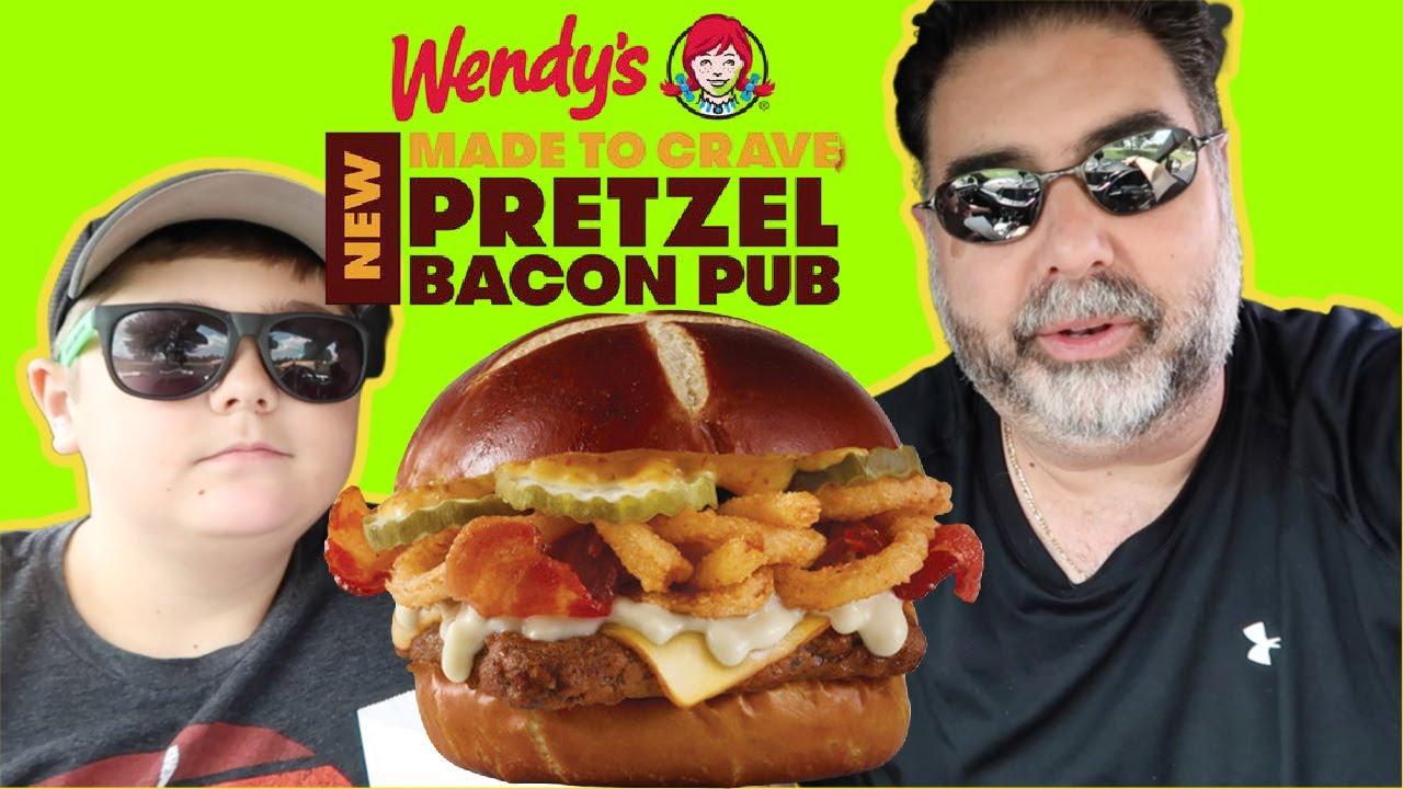 Tasting Wendy S New Pretzel Bacon Pub Cheeseburger Youtube