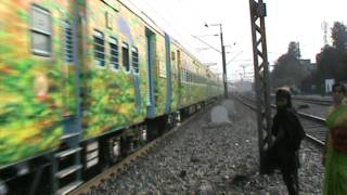Inaugural run of Sealdah- Puri Duronto Express, headed by twin-honking Ex. WAP-6