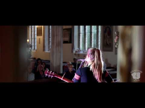 Holly Morwenna - Simple Things (original song), live at Sound Mind Sessions