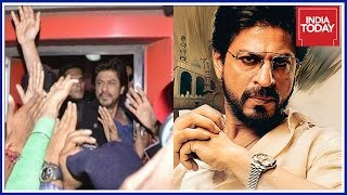 Raees Tragedy: Lawyer Files Complaint Against SRK