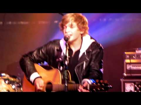 Summertime - Cody Simpson