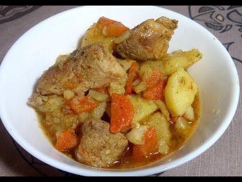 Картошка тушеная с мясом (свинина) - простой рецепт приготовления!