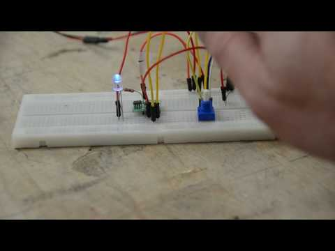 LM393 Comparator Test