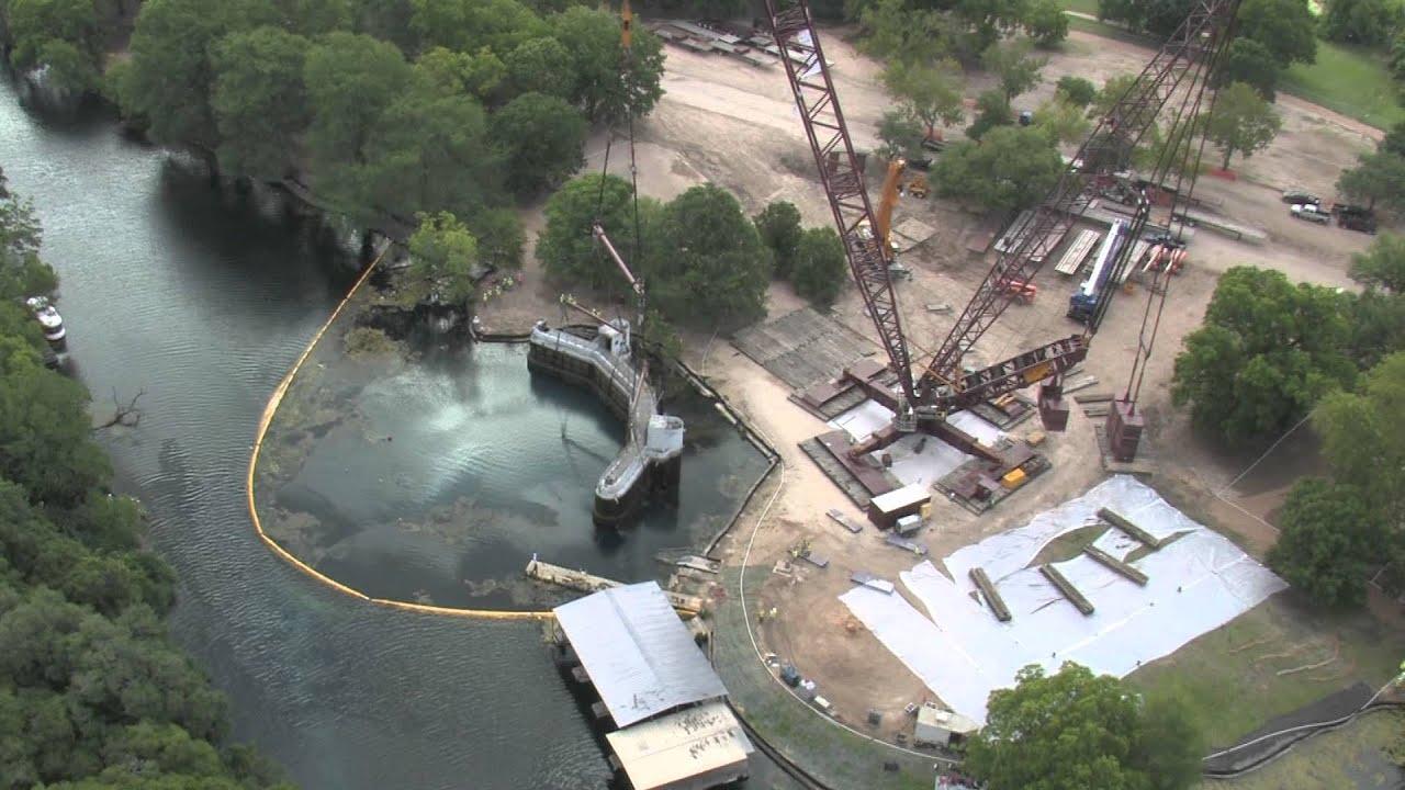 Aquarena Springs Submarine Removal Shot 1