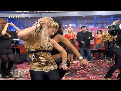 Greek Music - tsifteteli - Sexy Greek Girls dancing Cifteteli . . . !!!
