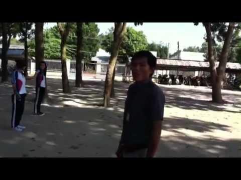 THPT Lê Duẩn - Một buổi học thể dục 10C1