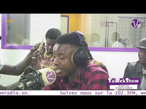 Idia sur la 102.3 Vibe Radio dans le Tal Rek Show