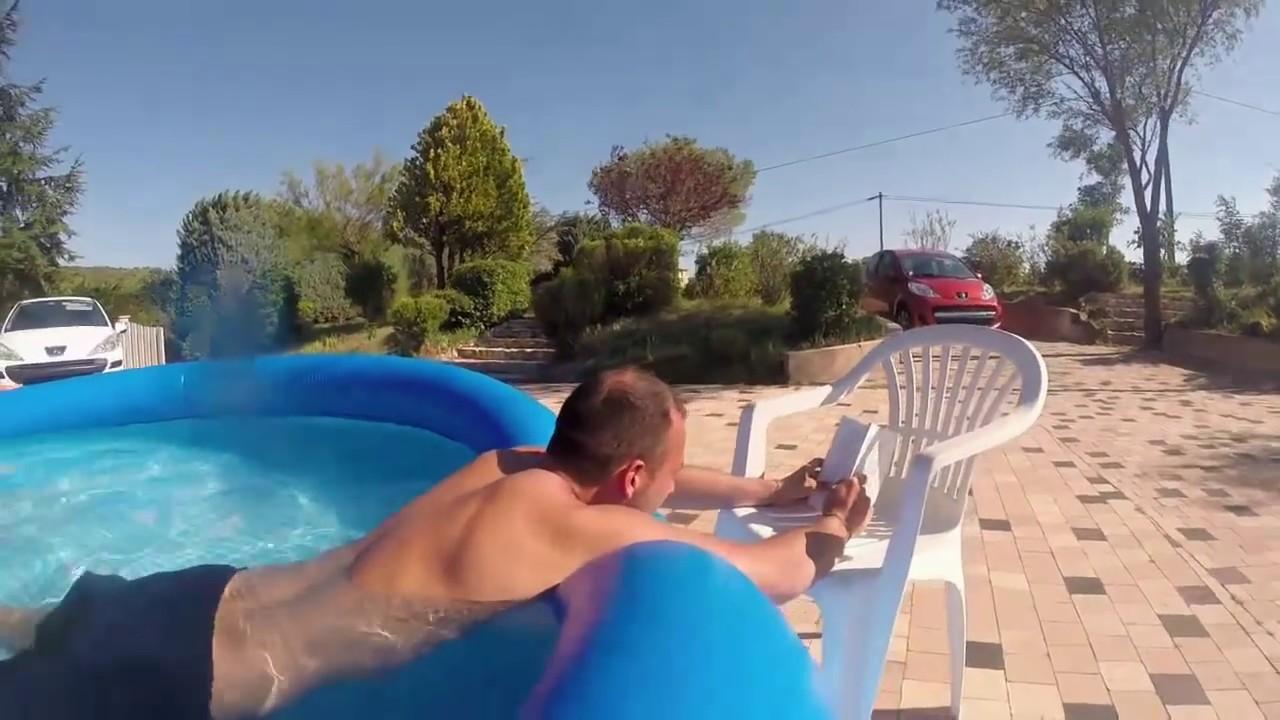 Sexe chaud dans la piscine
