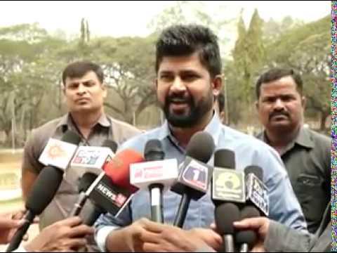 Prathap Simha (MP) stand in support of Suhana Sayeed – Zee kannada – Sa Re Ga Ma Pa