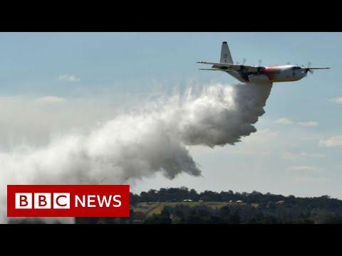 Australia fires: US crew dead in firefighting plane crash - BBC News