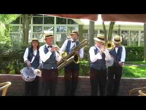 Alexander's Ragtime Band - Dixieland Crackerjacks