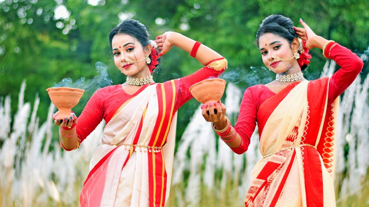 Download Dhak Baja Kashor Baja Dance I ঢাক বাজা কাঁসর বাজা I Shreya Ghoshal I Sts Folk Creation