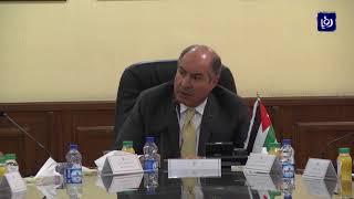 رئيس الوزراء يؤكد إلتزام الحكومة بالتوجه لدعم المواطن لا السلعة - (11-10-2017)