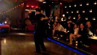 Jason Jiang y Claudia Xie Milonga.MP4