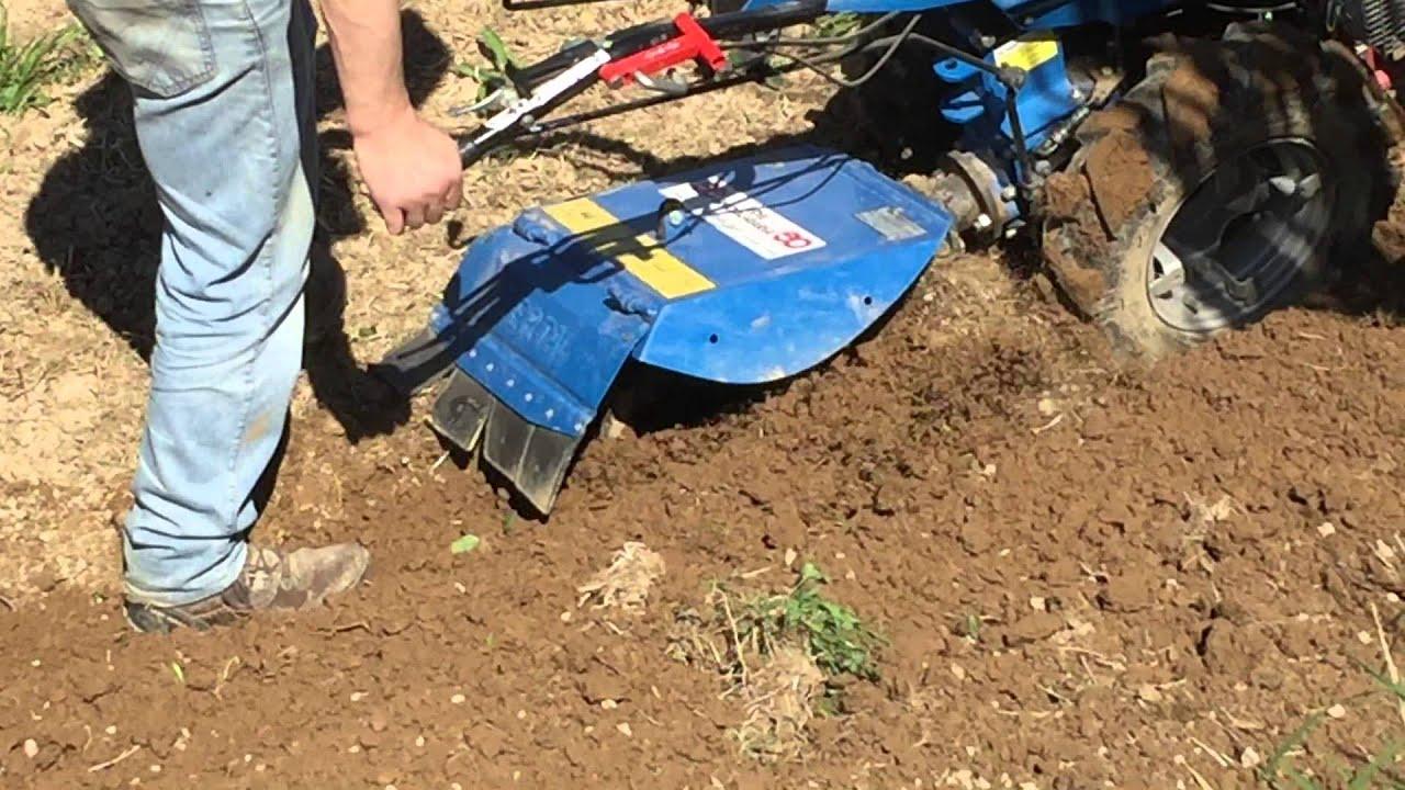 Motocoltivatore bcs 730 con aratro rotativo berta 1 for Motocoltivatore usato lazio
