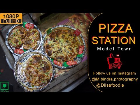 Cheese Burst Pizza & Garlic Bread At Pizza Station, Model Town 2
