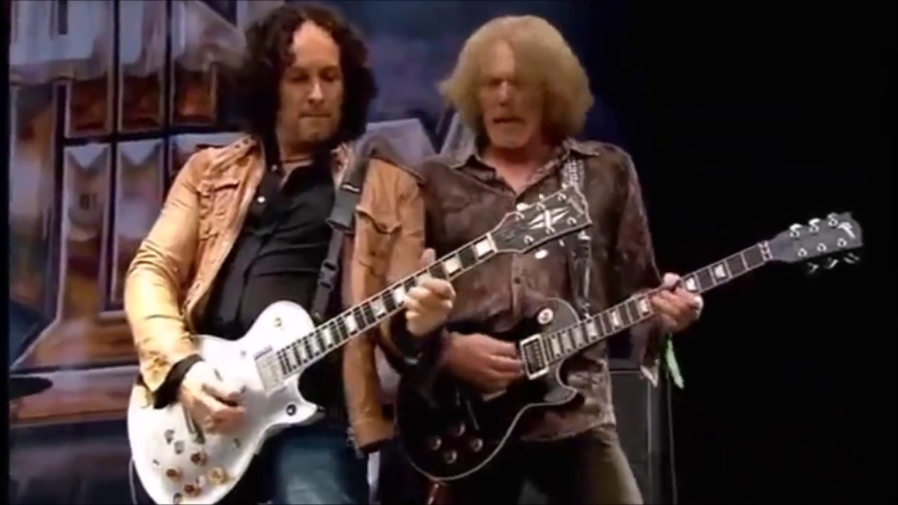 Thin Lizzy The Boys Are Back In Town Live Youtube