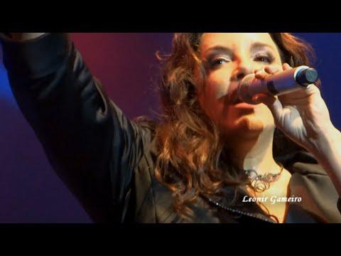 """Ana Carolina -""""O que é? O que é?"""" - Barra Music - R.J.- 12.11.2013 - HD"""