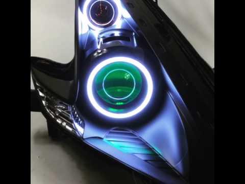 Demon Eyes And Morimoto XSB Halos On Nissan 370Z