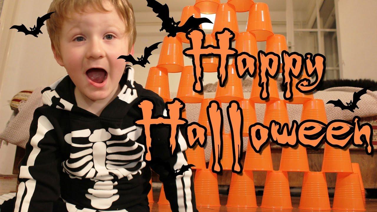 Halloween Fun - Smashing Tower Of Cups - New Kids TV