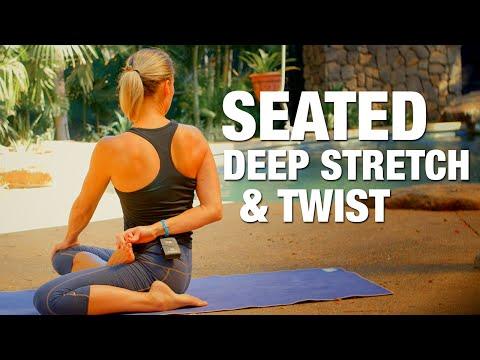 Deep Stretch & Twist Yoga Class - Five Parks Yoga