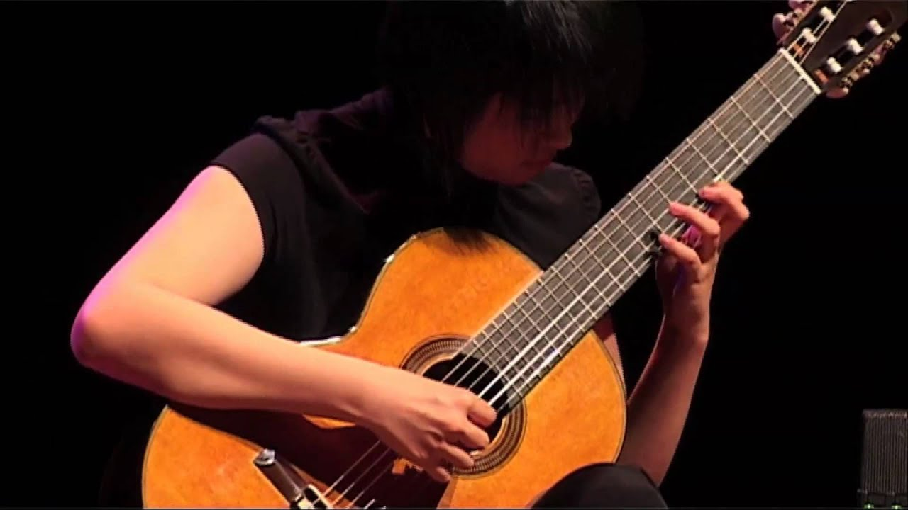 Beijing Guitar Duo - Shepherd Girls - at the Second Zuidlaren Guitar Festival 2011.mov