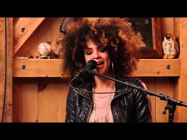 Forbidden Fruit // August Day by Kandace Springs & Daryl Hall