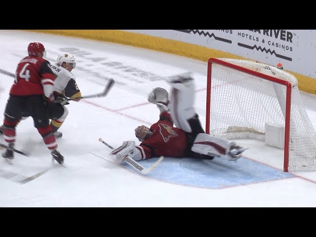 Darcy Kuemper's 'heads-up' save