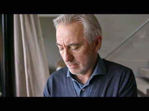 Van Marwijk krijgt het moeilijk bij beelden WK-finale | SHIRTJE RUILEN