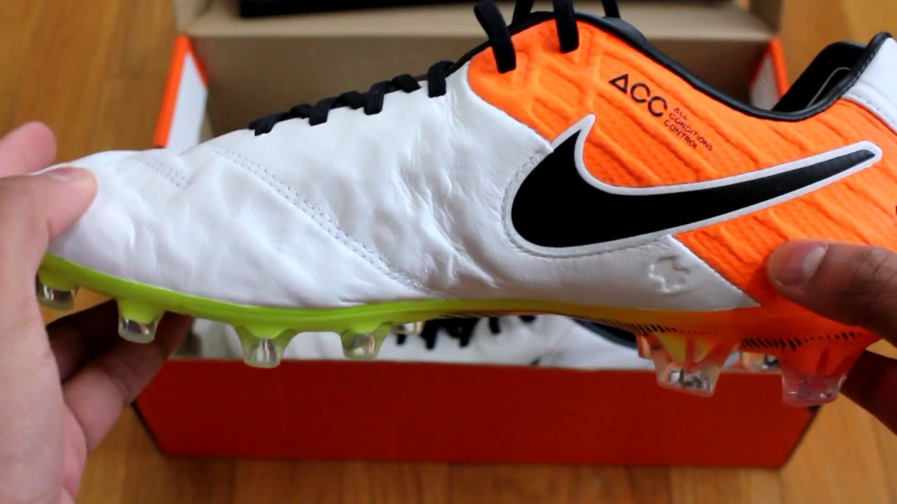Nike Tiempo Legend VI (6) FG Radiant Reveal Pack UNBOXING and ON-FEET Look  - YouTube