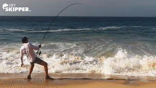 EPIC Surf Fishing- H๐w to catch MONSTER FISH!