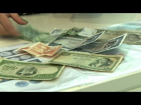 Spanish village cashes in, bringing back peseta