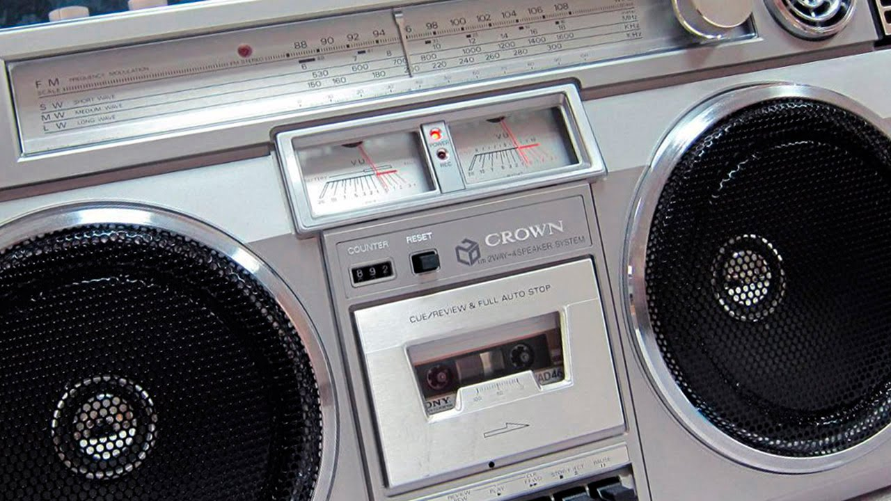 Boombox Crown HiFi Stereo Sound System CSC - 850 L F (1982) - YouTube