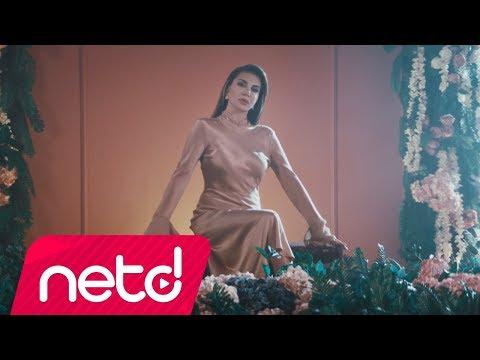 Ebru Yaşar - Kararsızım (Official Video)