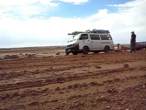 Australia: impantanato nel deserto