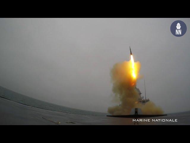 La FREMM Normandie tire un missile anti-aérien longue portée ASTER 30
