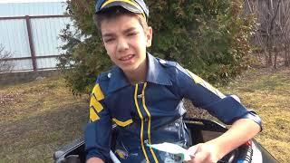 Андрей играет в полицию веселая история про машинки и супергероев