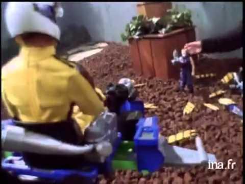 Max Steel Go Kart - YouTube