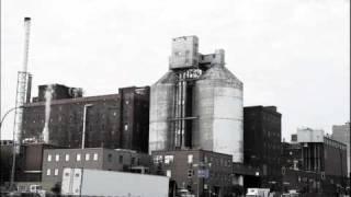 Avantage Plus aime l'architecture industrielle