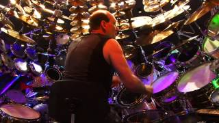 the-largest-drum-set-in-the-world