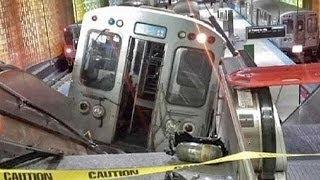 Kamera rögzítette, hogyan fut le a sínről a chicagói vonat
