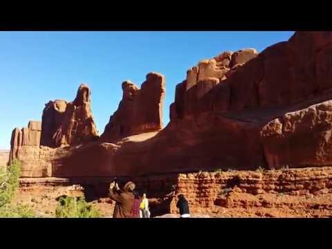 Arches National Park - Park Avenue Trail