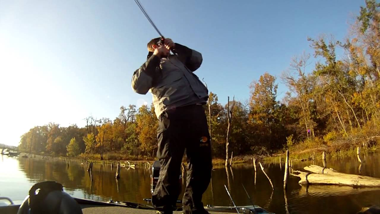 Bass fishing in the fall club tournament at big hill for Fishing report kansas